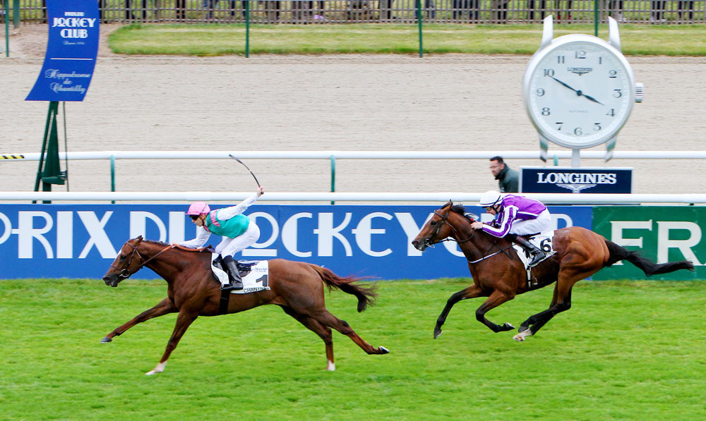New Bay defeats the multiple Group 1 winner Highland Reel in the Group 1 Prix du Jockey Club.